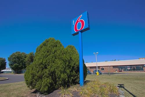 Motel 6 Piscataway Cover Picture