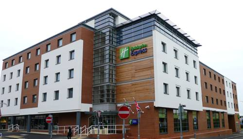 Holiday Inn Express Harlow Cover Picture