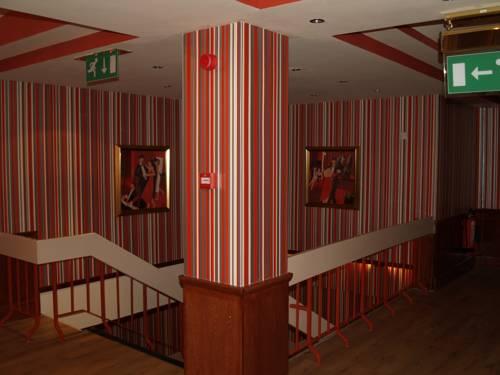 Antonine Hotel Cover Picture