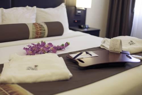 L'Escale Hôtel Suites Cover Picture