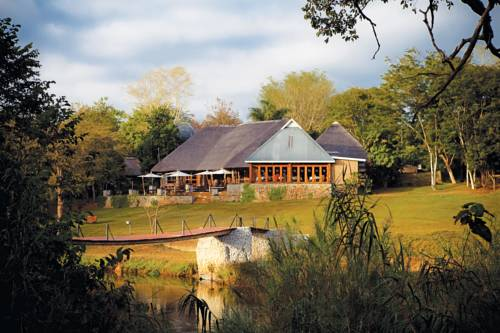 Hippo Hollow Country Estate Cover Picture