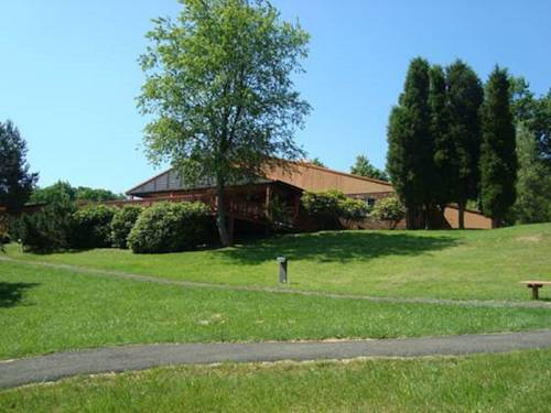 The Lodge at Chalk Hill Cover Picture