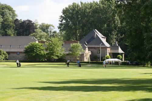 Golf & Hôtel de Falnuée Cover Picture