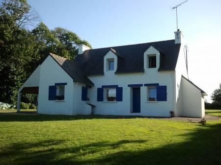 Jolie maison près de la mer au calme Cover Picture