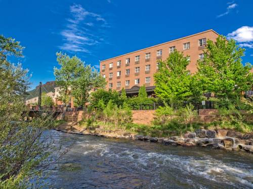 The Golden Hotel Near Coors Brewery, an Ascend Hotel Collection Cover Picture