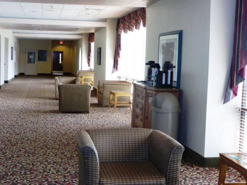 Red Roof Inn Burlington Cover Picture