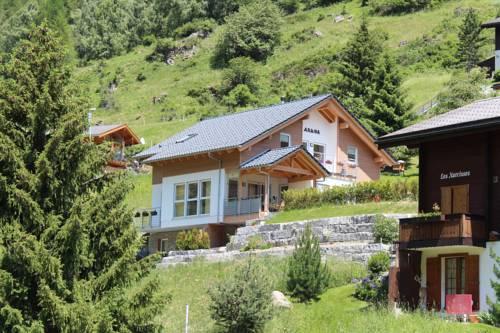 Haus Aruna Cover Picture