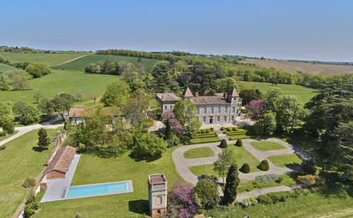 Château de Degrés Cover Picture