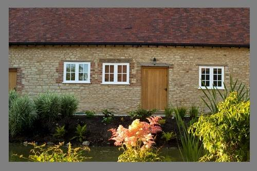 Court Farm Barns Cover Picture