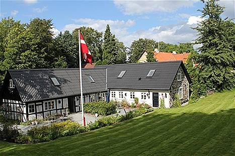Kronhjorten Guesthouse Cover Picture