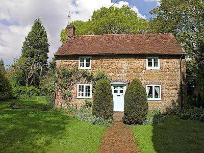 Yew Tree Cottage Cover Picture