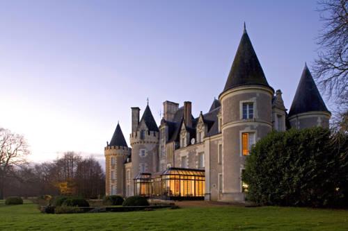 Hôtel Chateau Golf des Sept Tours by Popinns Cover Picture
