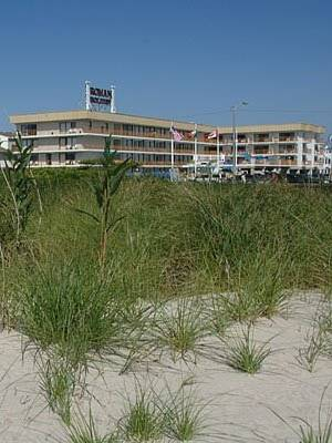 Roman Holiday Resort Cover Picture