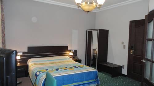 Hotel L'auberge Du Souverain Cover Picture