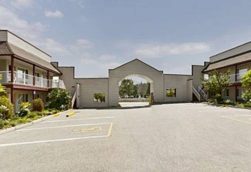 Canada's Best Value Princeton Inn & Suites Cover Picture