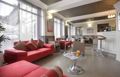 Qualys-Hotel de Gramont Cover Picture