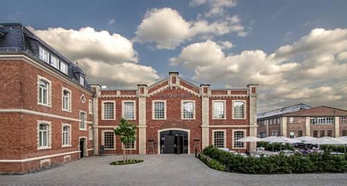 Hotel & Restaurant Heyligenstaedt Cover Picture