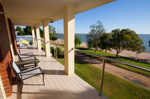 Lake Boga Waterfront Holiday House Cover Picture