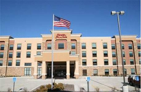 Hampton Inn and Suites St. Cloud Cover Picture