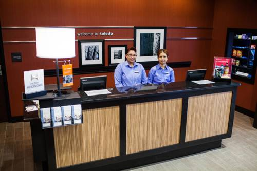 Hampton Inn & Suites Youngstown-Canfield Cover Picture