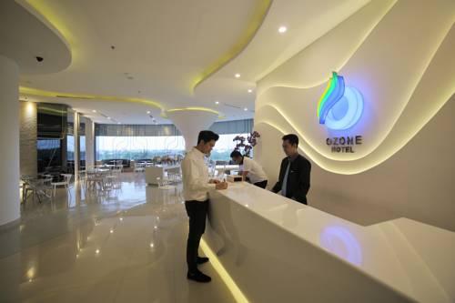 Ozone Hotel Pantai Indah Kapuk Cover Picture