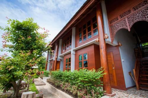 Huan Aumpron Resort Cover Picture