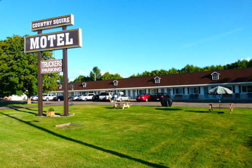 Country Squire Motel Cover Picture