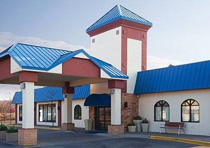 Quality Inn & Suites Eagan Cover Picture