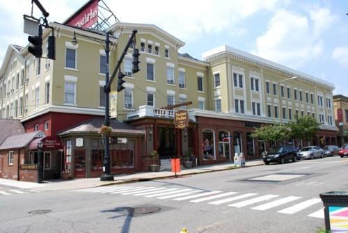 The Yankee Pedlar Inn Cover Picture
