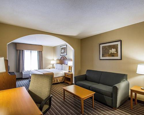 Quality Inn & Suites Fishkill Cover Picture