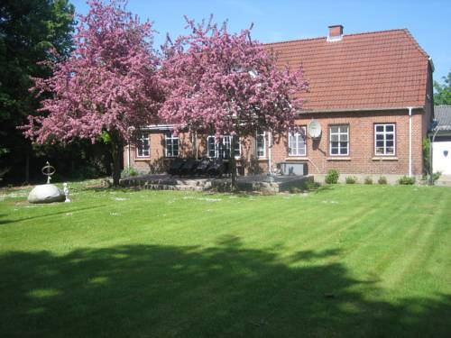 Toftegaard Bed & Breakfast Cover Picture