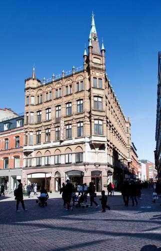 First Hotel Mortensen Cover Picture