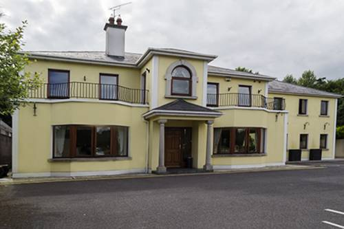 Ma Dwyer's Guest Accommodation Cover Picture