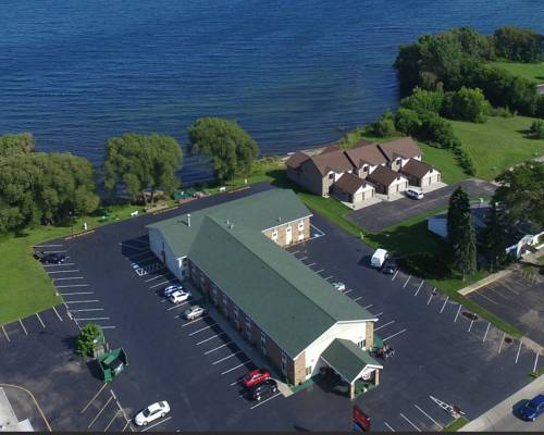 Econo Lodge On the Bay Cover Picture