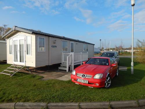 Presthaven Sands Holiday Park 3 and 2 Bed Platinum Caravan Cover Picture