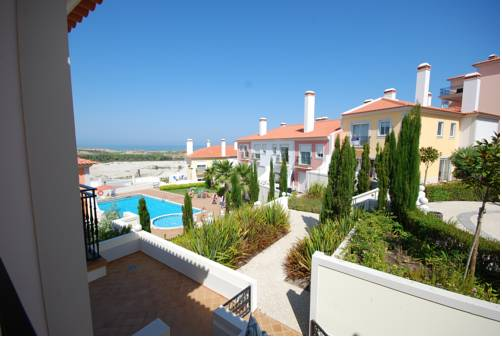 Luxury Townhouse in Praia D'El Rey Cover Picture