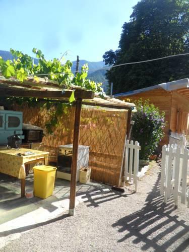 La vieille maison Biselli Cover Picture