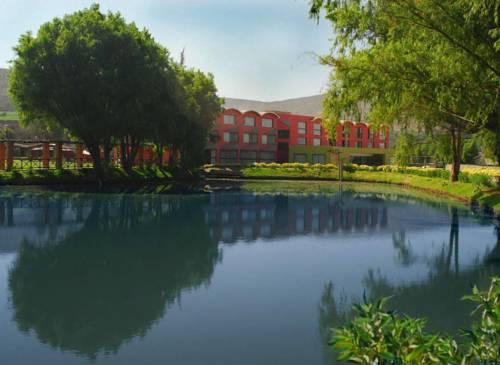 Hotel El Lago Estelar Cover Picture