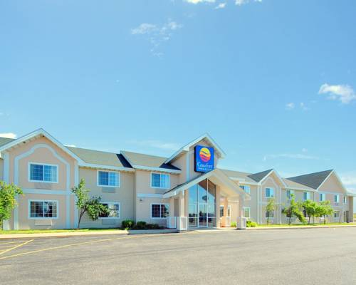 Comfort Inn & Suites Jackson - West Bend Cover Picture