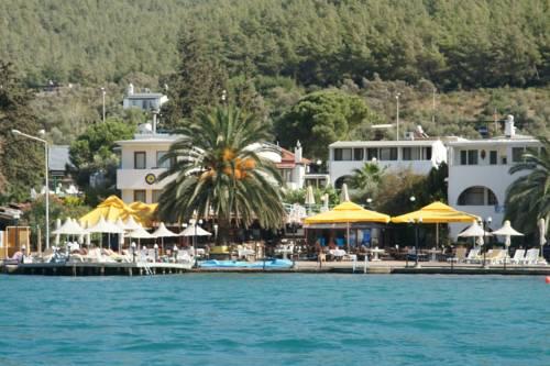 Club Aquarium Hotel Cover Picture