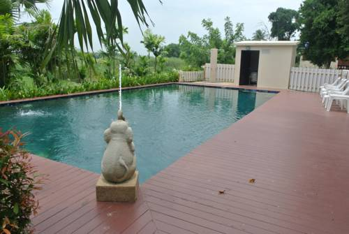 Uthai River Lake Resort Cover Picture