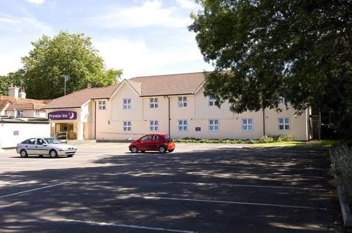 Premier Inn Bracknell (Twin Bridges) Cover Picture