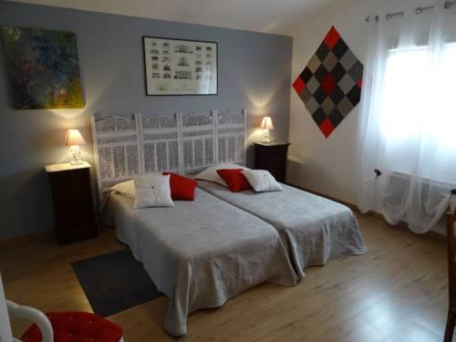 Une chambre en ville Cover Picture