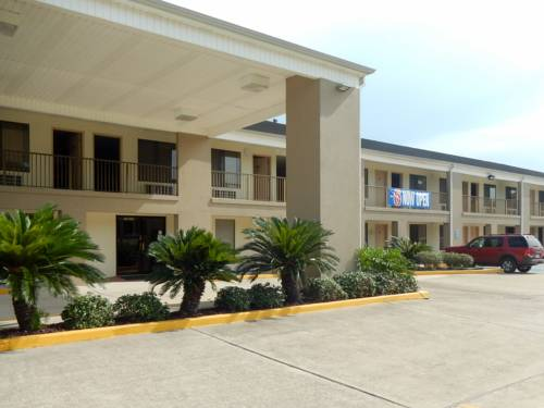 Motel 6 Luling Cover Picture