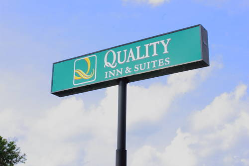 Quality Inn & Suites Pensacola Bayview Cover Picture
