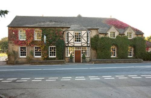 Hunters Hall Inn Cover Picture