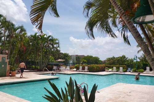 Weston Townhouse Patio and Resort Style Amenities Cover Picture