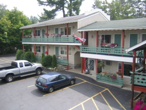 Town & Country Motor Inn Cover Picture