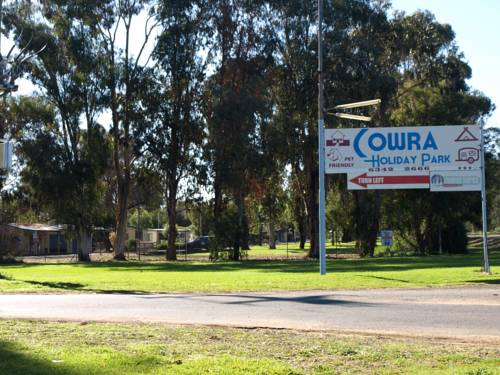 Cowra Holiday Park Cover Picture