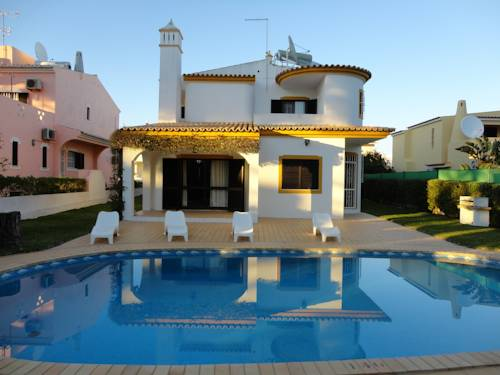 Villa Cavaco Cover Picture